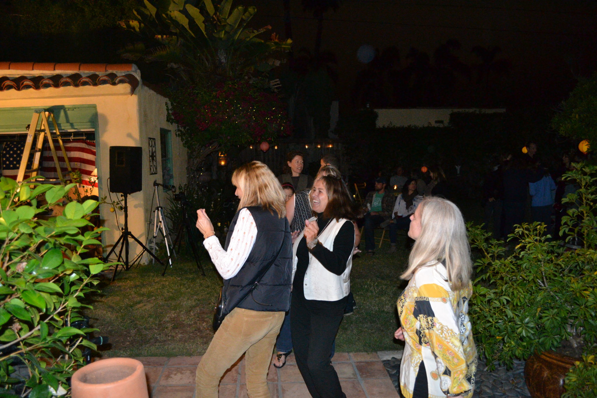 Innocent Bystander fans dancing in Kensington, San Diego
